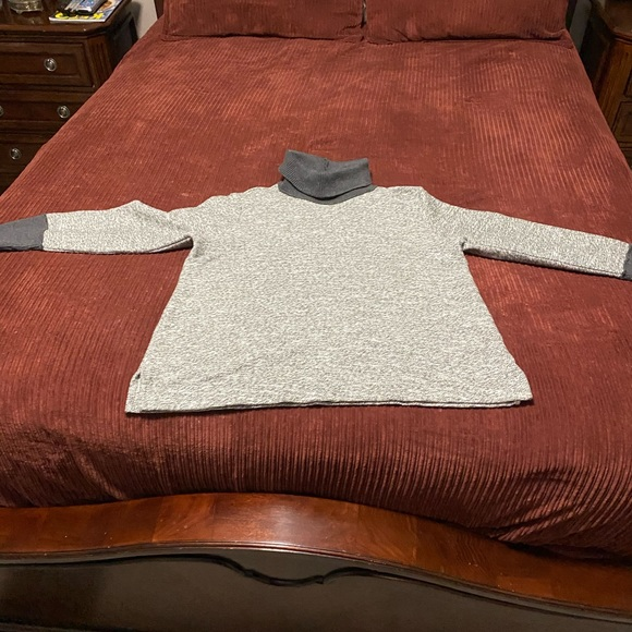 Lands' End Sweaters - Lands End turtleneck sweater with cuffs
